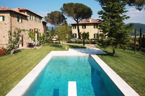 6 Under_Tuscan_Sun_Villa_Pool_Embed